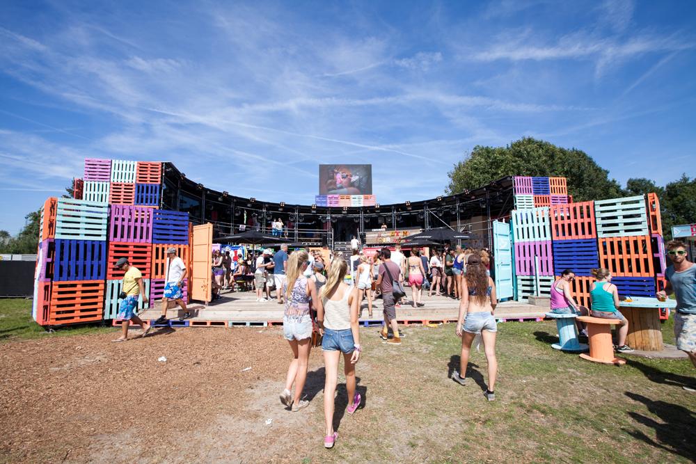 IDEA: Arena Converse – Festival Lowlands